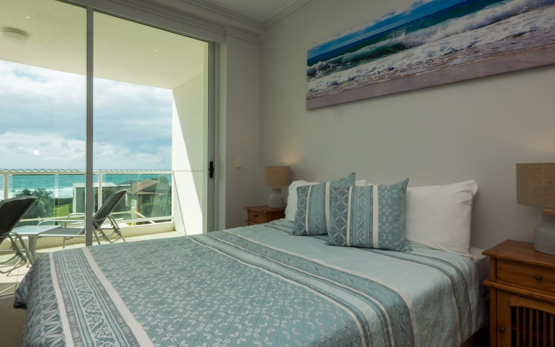 Have Stunning Ocean Views Over Main Beach with Pacific Views Resort!