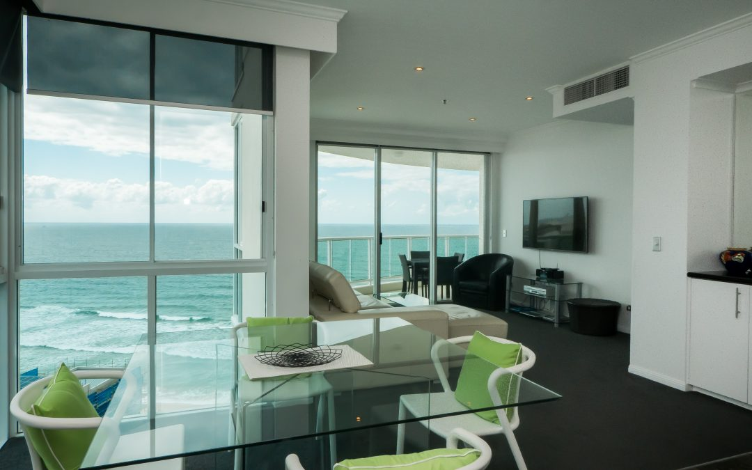 Unbeatable Ocean View Holiday Apartments On the Gold Coast's Main Beach